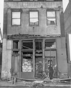 Union beer war store front